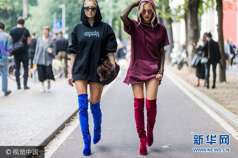 ***_***MILAN, ITALY - SEPTEMBER 22: Shea Marie and Caroline Vreeland wearing hoodies outside Pucci during Milan Fashion Week Spring/Summer 2017 on September 22, 2016 in Milan, Italy. (Photo by Christian Vierig/Getty Images)