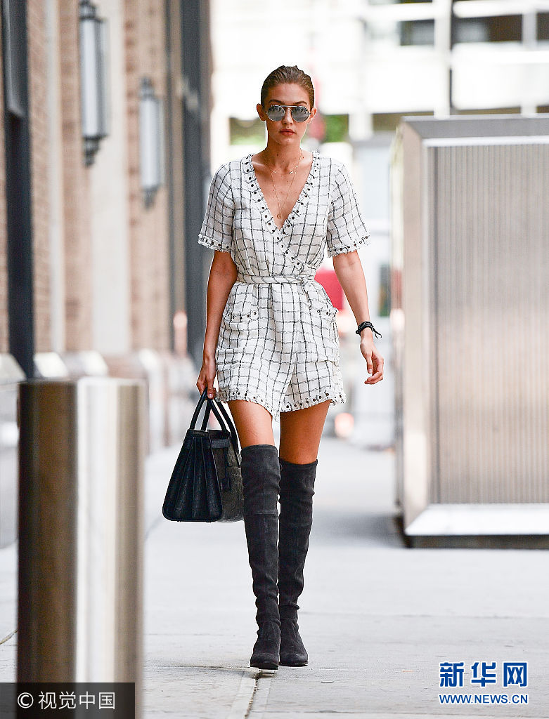 ***_***NEW YORK, NY - SEPTEMBER 05:  Gigi Hadid seen on the streets of Manhattan on September 5, 2016 in New York City.  (Photo by James Devaney/GC Images)