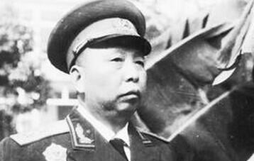 華國鋒的貴人是他?