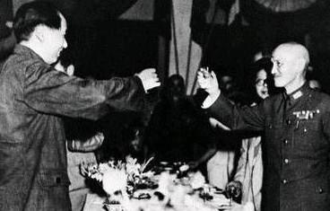 毛澤東如此悼念蔣介石