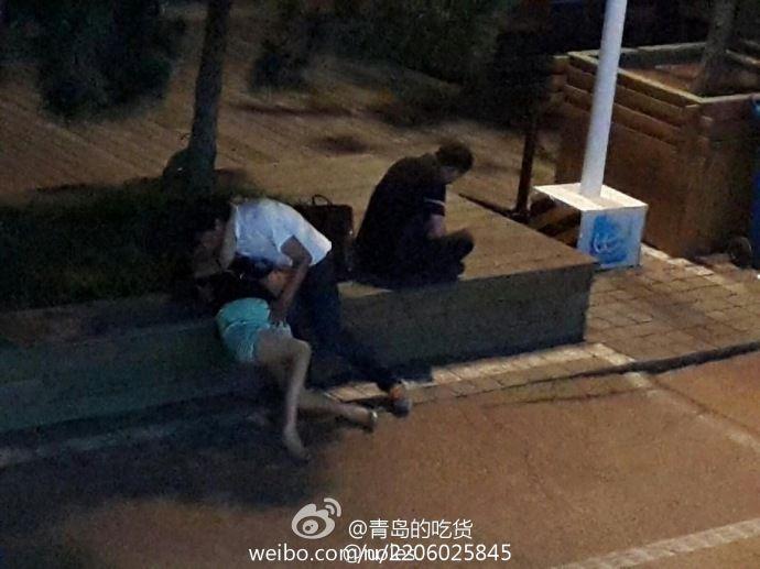 网传青岛醉酒女子疑遭路过3男子轮流猥亵组图