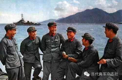 盘点人民海军军服历次变迁 你最喜欢哪一款图片