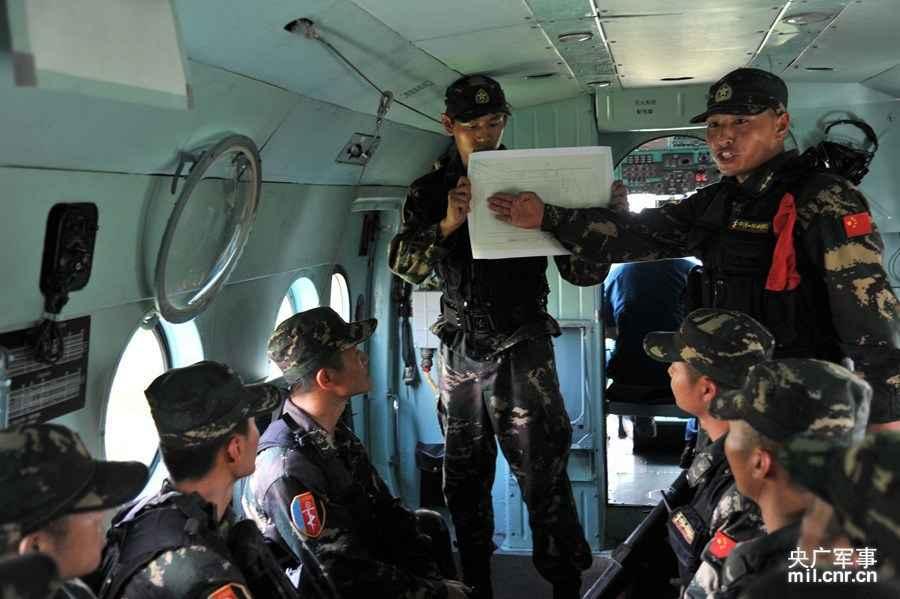 中国特种部队是在中华人民共和国国防部与中华人民共和国共产党中央图片