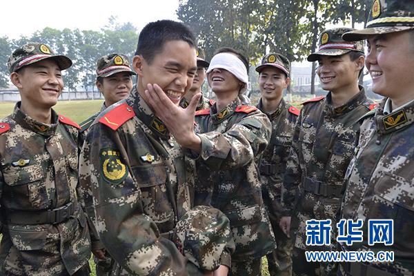 """云南临沧边防支队机动大队一中队""""特色节目单""""点燃训练热情"""