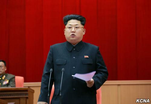 朝鲜军队举行训练干部大会 金正恩出席指导