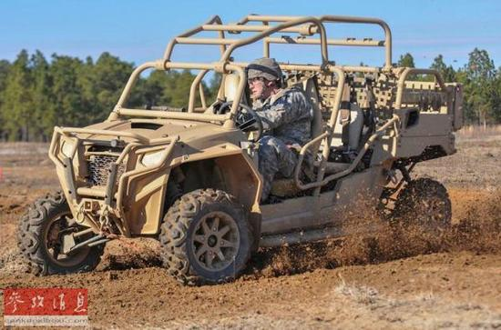 美空降师配备全地形车 时速96公里比悍马更灵活图片
