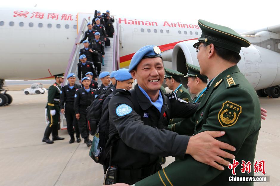 2016年3月12日,中国第三支赴利比里亚维和警察防暴队抵达济南遥墙国际机场,圆满完成为期一年的维和任务。据悉,该支防暴队由山东公安边防总队组建,自2015年3月11日进驻任务区。