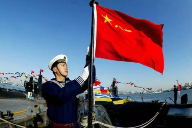 中国人民解放军军旗,舰艇升挂满旗和代满旗时,是舰艏旗.-这些