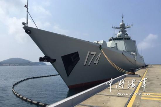 国海军168号导弹驱逐舰防空导弹发射 -海外军事媒体评估中国最新型