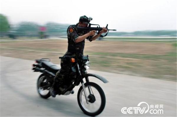 厉害了word中国特种兵 每块伤疤都是一枚勋章 - 新兵 -