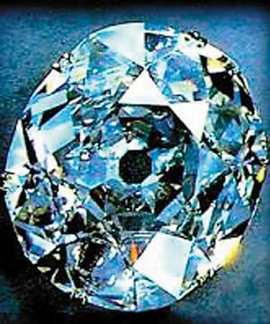 身世诡异 全球五大被诅咒的宝石饰品