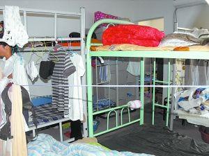 北京東三環80平米兩居室住進25人 每月租金2萬