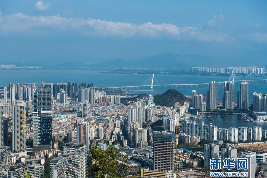 (新华全媒头条·图文互动)(6)前进,向着伟大复兴的中国梦!——写在党的十九大召开之际