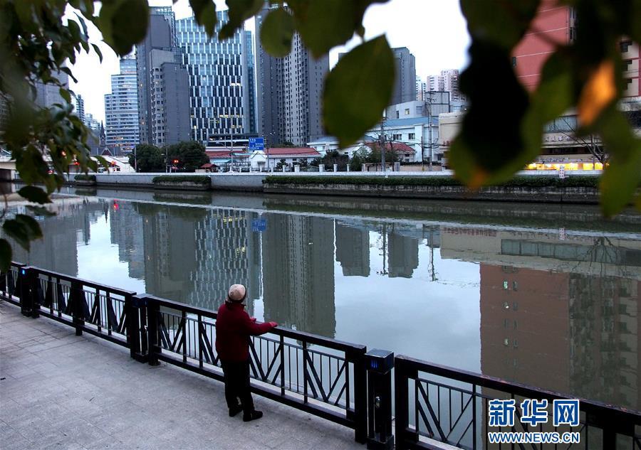(新华全媒头条·图文互动)(3)前进,向着伟大复兴的中国梦!——写在党的十九大召开之际