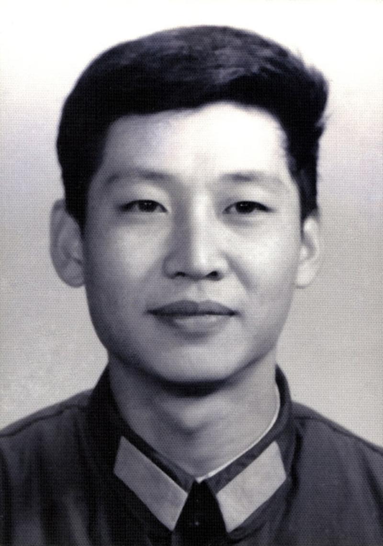 http://news.xinhuanet.com/politics/2012-12/25/1196114148683_41d.jpg