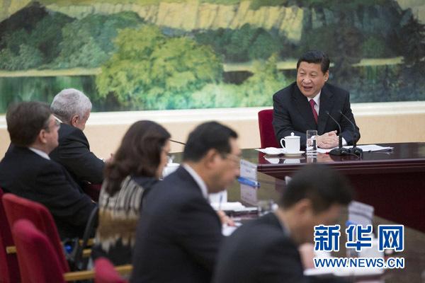 国家主席习近平接受金砖国家媒体联合采访