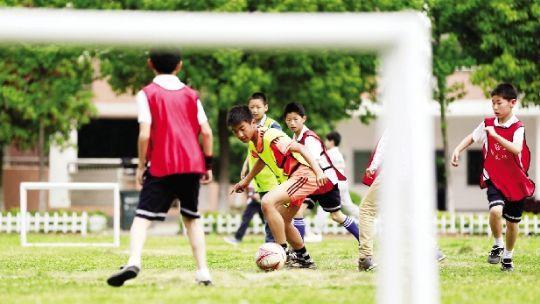 湖北投5000万扶持青少年足球 3年建700足球学校