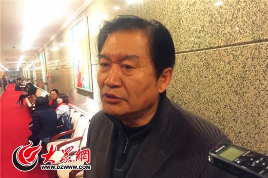 全国政协委员王兴东