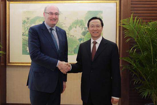 韩长赋会见欧盟委员会农业和农村发展委员菲尔·霍根