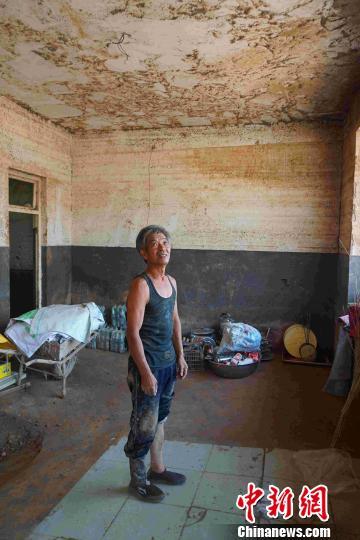 访河北井陉重灾区:河道处房屋损毁严重 村民开启家园重建路
