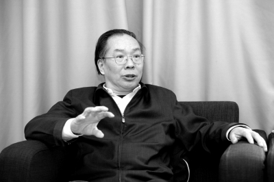政协新闻发言人王国庆。京华时报记者谭青摄