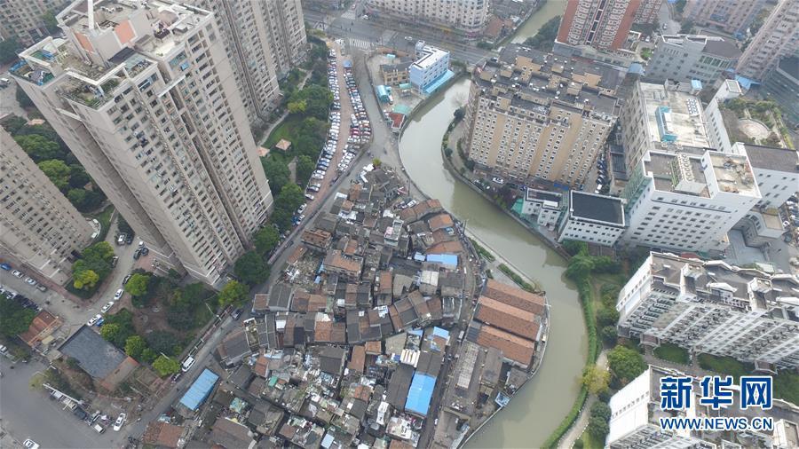 (社會)(2)航拍上海『最大的棚戶區』之一——張橋