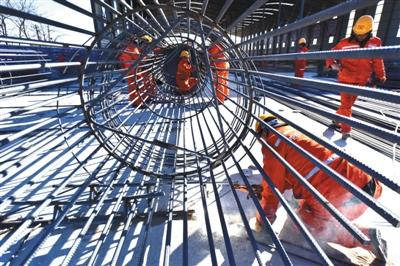 北京新机场高速拟明年底通车 10月进行桥梁转体施工