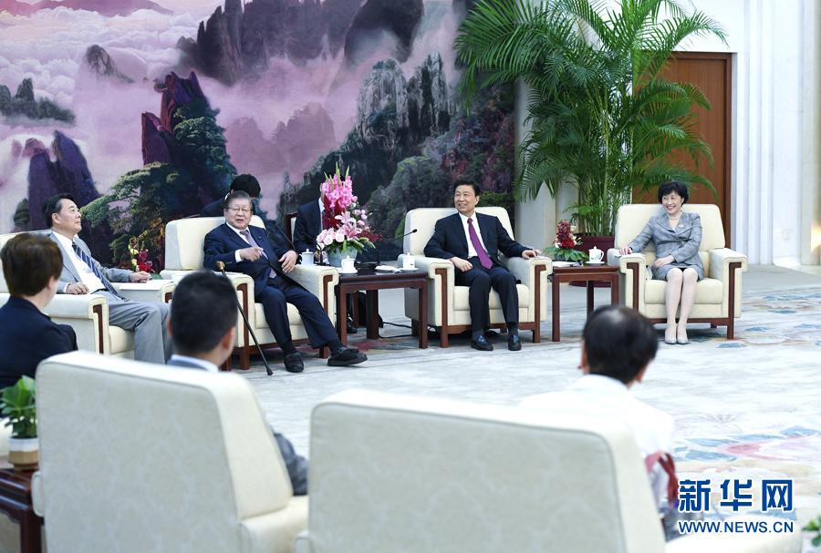 9月20日,,国家副主席李源潮在北京会见由党的最高顾问、前众议长横路孝弘率领的日本民进党政治家代表团。 新华社记者 张领 摄