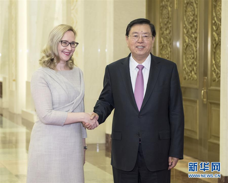 11月6日,全國人大常委會委員長張德江在北京人民大會堂與芬蘭議長洛赫拉舉行會談。新華社記者李濤攝