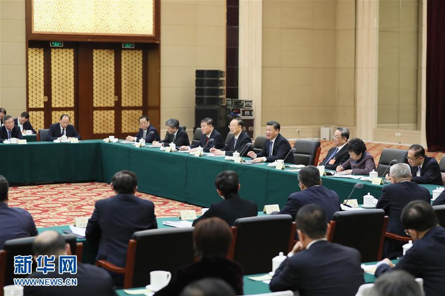 (两会·XHDW)(1)习近平看望参加政协会议的民进农工党九三学社委员