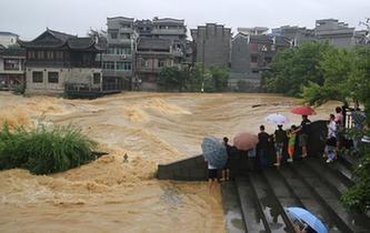 湖南湘西遭暴雨襲擊