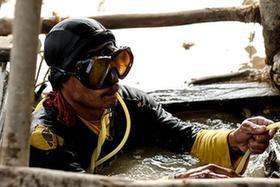 菲律宾手工开矿人生活实录