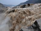 黃河壺口瀑布現壯美瀑布群