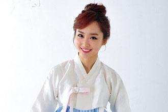 韓國體育女主播新年寫真 傳統服飾清新脫俗