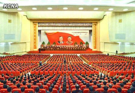 毛泽东第一次给妻子杨开慧写情诗:虞美人枕上