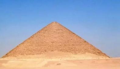 又見金字塔:埃及新發現距今3700年金字塔