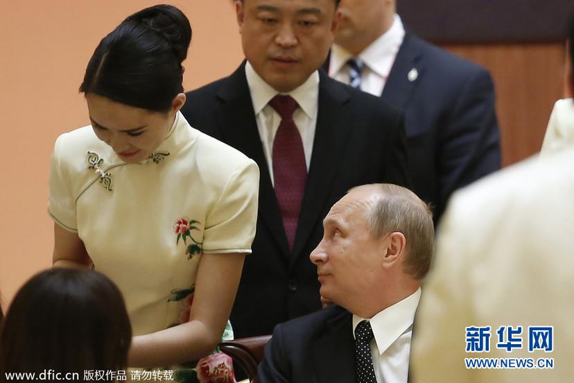 中国在欧美与俄罗斯之间左右逢源