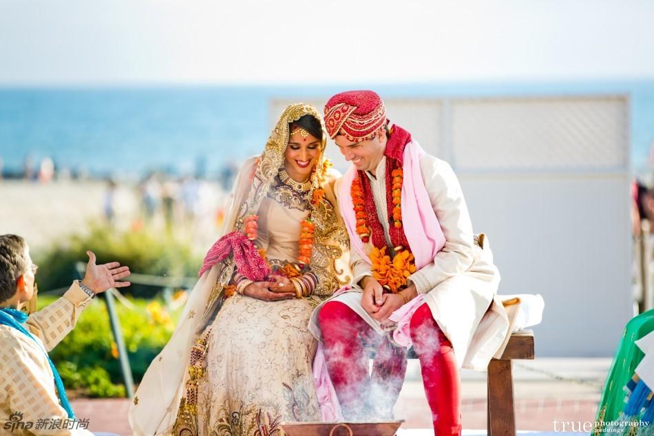 华丽不土气!揭秘印度富豪的奢华婚礼(组图) - 人在上海    - 中国新闻画报