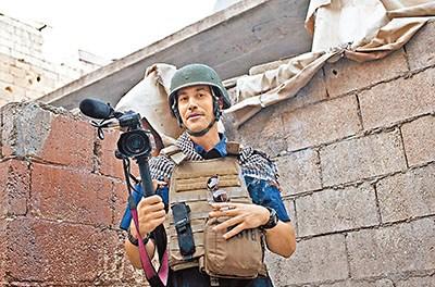 美国战地记者被斩首 isis斩首美国战地记者 美国记者被斩首 图片 49k 400x264