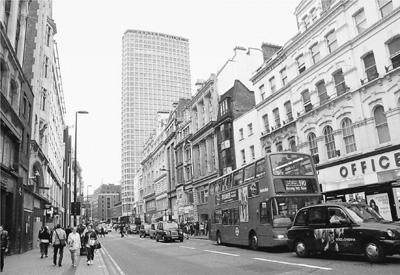伦敦城市规划体现出较强的功能区分,图为市区街景.本报记者 黄培昭图片