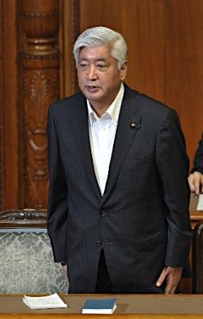 日本防相否认安保法违宪提及或再修改宪法解释