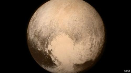 """""""新视野号""""探测器掠过冥王星耗资7亿美元(图)"""