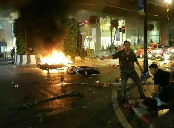 [新华网]第一现场:曼谷爆炸 中国游客3死15伤 - 胡一无 - 胡一无的博客