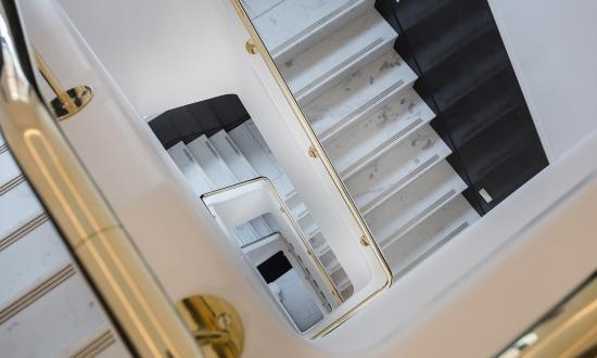 伦敦装修最奢华写字楼:大理石楼梯镀金洗手间(图)