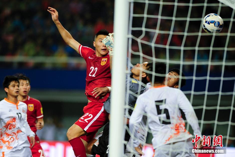 2018世界杯预选赛 中国男足12 0大胜不丹队