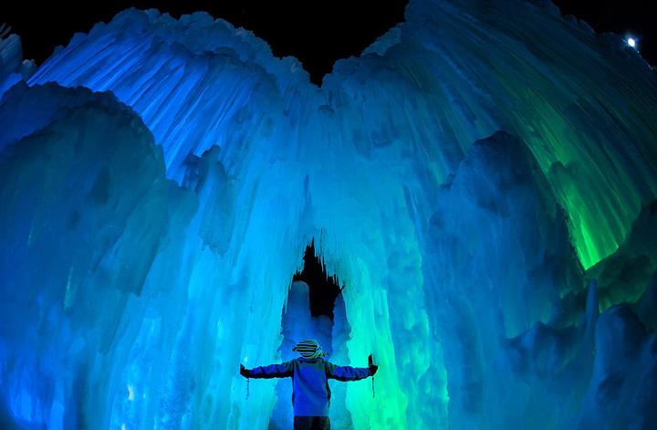 园打造现实版 冰雪奇缘 城堡 梦幻唯美
