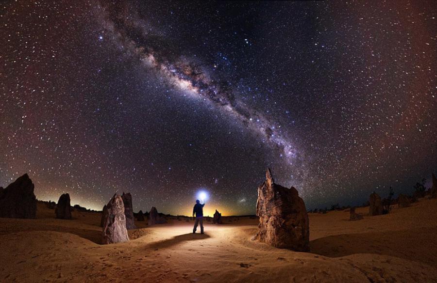 밤하늘의 아름다운 은하수