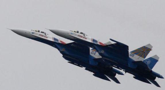 """俄罗斯国防部驳斥战机危险""""干扰""""说法"""