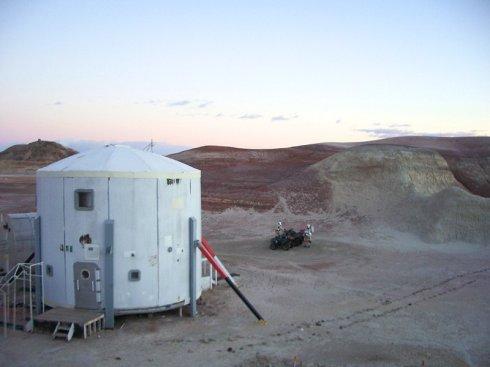 想去火星? 艺术家带你到沙漠体验