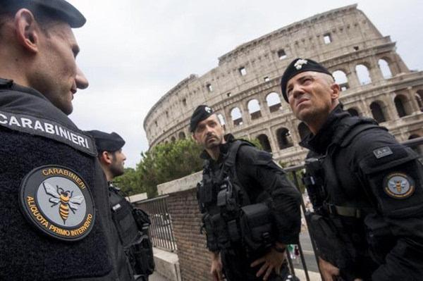 """""""伊斯兰国""""团伙或潜伏米兰意大利高度戒备"""